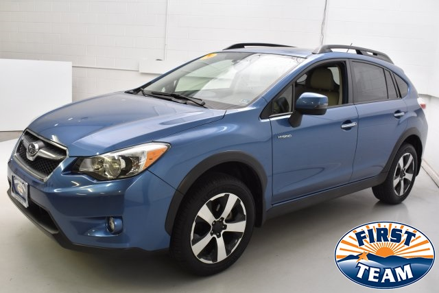 Pre Owned 2017 Subaru Xv Crosstrek 2 0i Hybrid Touring