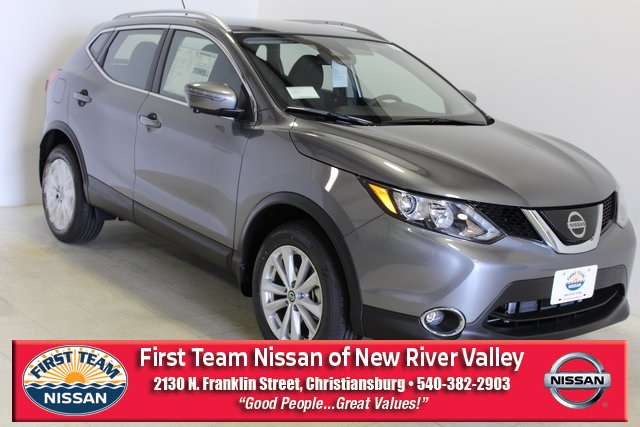 First Team Nissan >> New 2019 Nissan Rogue Sport Sv 4d Sport Utility In Christiansburg